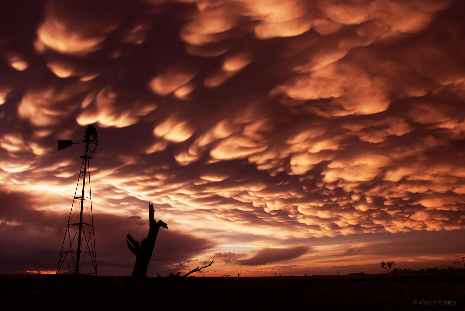 Mammatus clouds stock picture